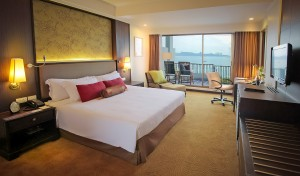 18. Deluxe Sea View (King Bed )